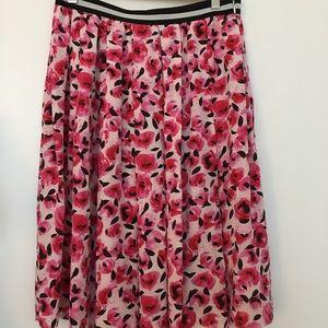 Silk pink rosette skirt
